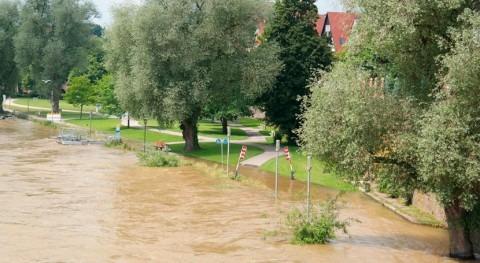 inundaciones centro Estados Unidos dejan al menos tres muertos y desaparecido
