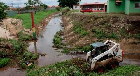 Gobierno Panamá revisa puntos afectados últimas inundaciones
