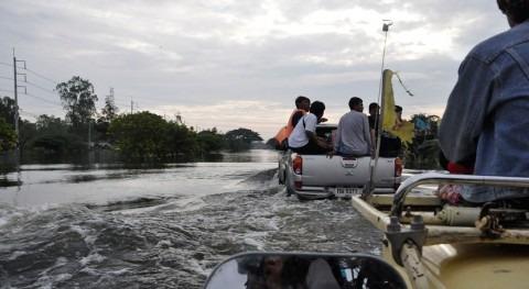 fuertes inundaciones Tailandia elevan cifra 40 muertos