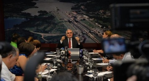 """Quijano: """"Cualquier opción como inversión, con un retorno razonable, es a través de Panamá y no por Nicaragua"""""""