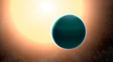 Detectada extraña atmósfera acuosa exoplaneta cálido similar Neptuno