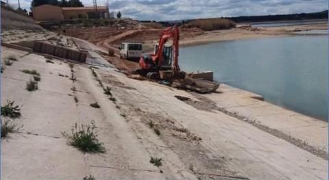 Licitada construcción filtro invertido pie presa Estanca Alcañiz