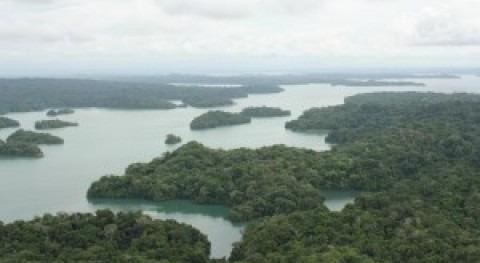 Lago Gatún.