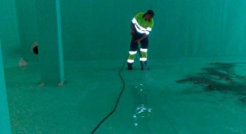 Finalizada limpieza depósitos agua Formentera