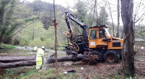 CHC inicia limpieza cauces río Esva concejo Valdés