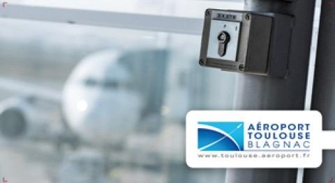 Locken suministra control acceso importante aeropuerto