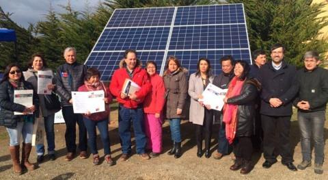 Ministro chileno Furche destaca desarrollo pequeños agricultores Magallanes