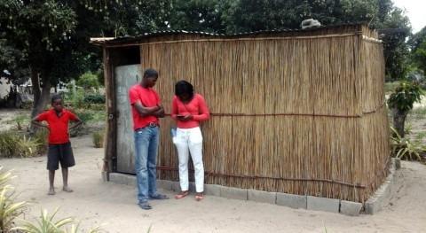 Casa casa: levantando información agua y saneamiento Manhiça