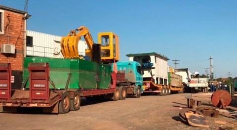 dragas y maquinarias, lista trabajar río Pilcomayo