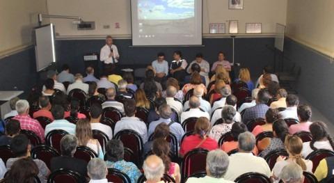 Masiva participación agricultores jornada reforma Código Aguas chileno