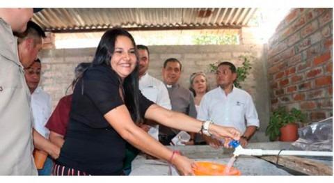 Más 900 familias beneficiadas introducción agua potable Metalío, Salvador