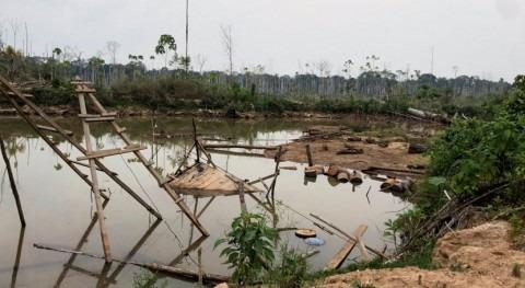 estanques mineros oro aumentan riesgos mercurio Amazonía peruana