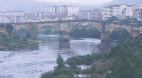 El Miño a su paso por Orense (Wikipedia/CC).