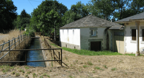 Se licita mantenimiento caminos servicio, canales y acequias Valle Lemos