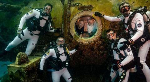 Regreso al espacio azul: astronautas se preparan agua ir al espacio