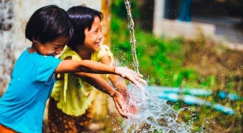 agua llega comunidades vulnerables Chile