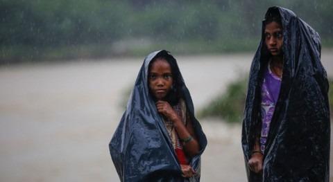 inundaciones Bangladesh, India y Nepal afectan millones niños