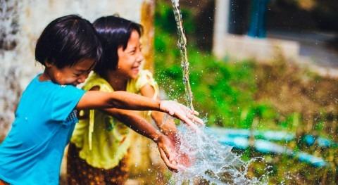 cooperación española llevó agua potable 1,5 millones personas 2017