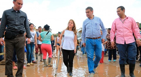 """"""" meta es construir nuevo acueducto y viviendas Mocoa año"""""""