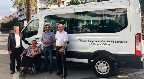 Aqualia se suma alegría ADIFI recibir nuevo vehículo adaptado