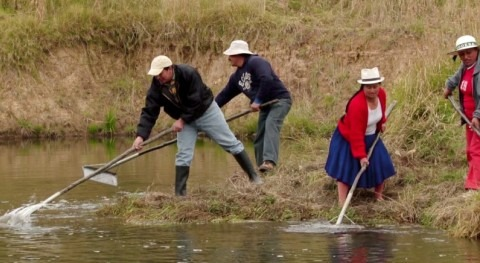 organizaciones comunitarias aseguran mejor distribución agua