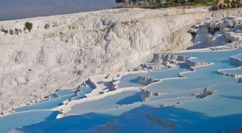 Pamukkale, impresionante 'castillo algodón' turco aguas termales