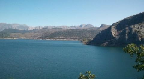 Asaja se opone que se repercuta IBI pantanos precio agua regantes