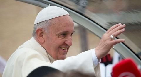 Papa Francisco afirma que agua potable es bien toda familia humana