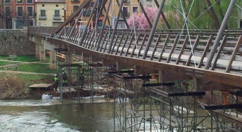 CHD comienza reparación pasarela peatonal situada río Duratón Peñafiel