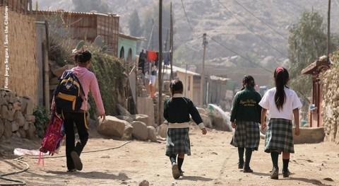 devastadoras inundaciones Perú dejan más 24.000 niños hogar