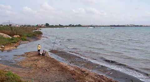 Mar Menor recibe cada año más 27 kilos pesticidas y fármacos