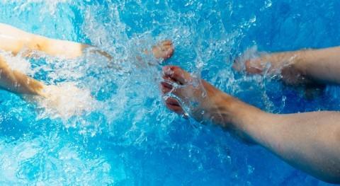 ¿ qué se arruga piel dedos agua?