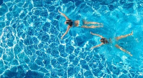 laboratorios acreditados ENAC garantizan control calidad agua piscinas