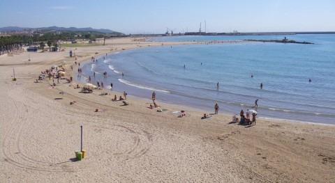 Cataluña presenta plan control aguas baño ayuntamientos costeros