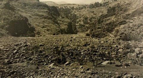 Cerrar Barranco Tirajana: Escollera acarreos núcleo arcilla