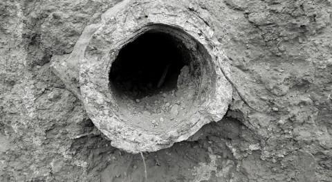 Trasvases Pozo Piletas: Rasgos fotográficos tuberías y mina fantasma Pinar