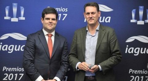 Antonio García Pastrana se alza galardón Mejor Blog Premios iAgua 2017