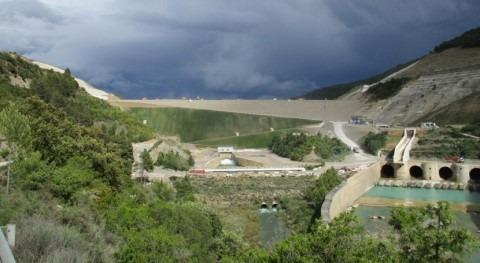 Licitadas obras acondicionamiento ladera derecha presa Yesa