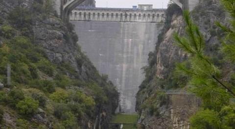 Licitado mantenimiento presas e infraestructuras Canal Aragón y Cataluña y Guiamets