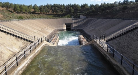 Murcia y regantes reclaman infraestructuras que garanticen distribución homogénea agua