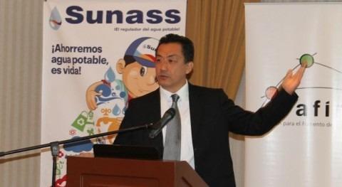 El presidente del Consejo Directivo de la SUNASS, Fernando Momiy Hada.