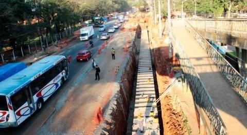 Paraguay continúa construcción desagües pluviales y zanjas técnicas proyecto Metrobús