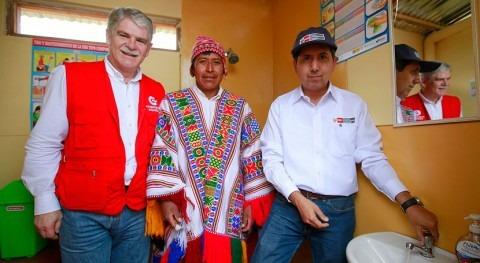 Gobierno peruano desarrolla 344 proyectos agua y saneamiento zonas mayor pobreza