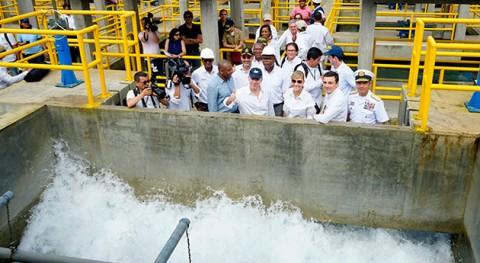 Gobierno colombiano inaugura planta tratamiento agua potable Buenaventura