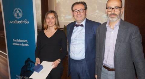 Cátedra DAM recibe reconocimiento como nueva cátedra Universitat València