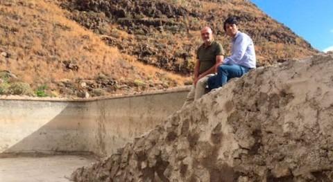 Cabildo Lanzarote y Ayuntamiento Haría recuperan embalse Chafariz