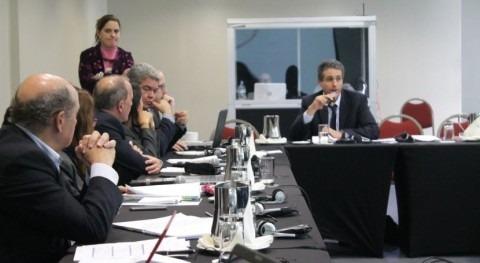 debate nuevos retos hídricos Perú