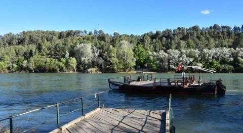 pasos barca: últimos transbordadores fluviales Ebro