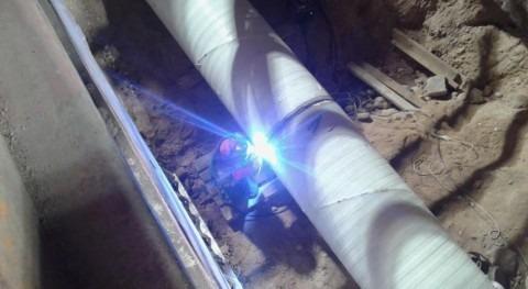 Reparación de la tubería de 800 milímetros de diámetro, ubicada en el Parque Tecnológico.