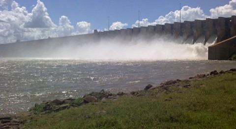 Brasil aprueba ayudas productores hidroeléctricos, afectados histórica sequía